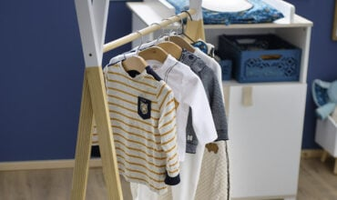 illus-habiller-bebe