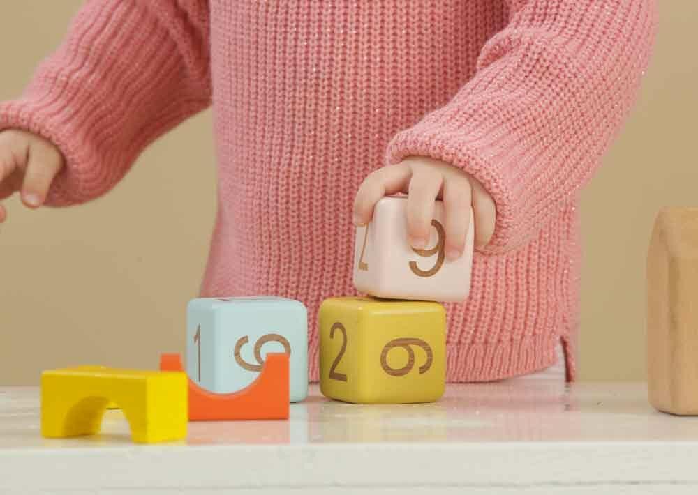 Comment aménager la chambre Montessori de bébé ?