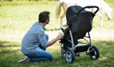 Quelle poussette acheter pour les premiers mois de bébé ?