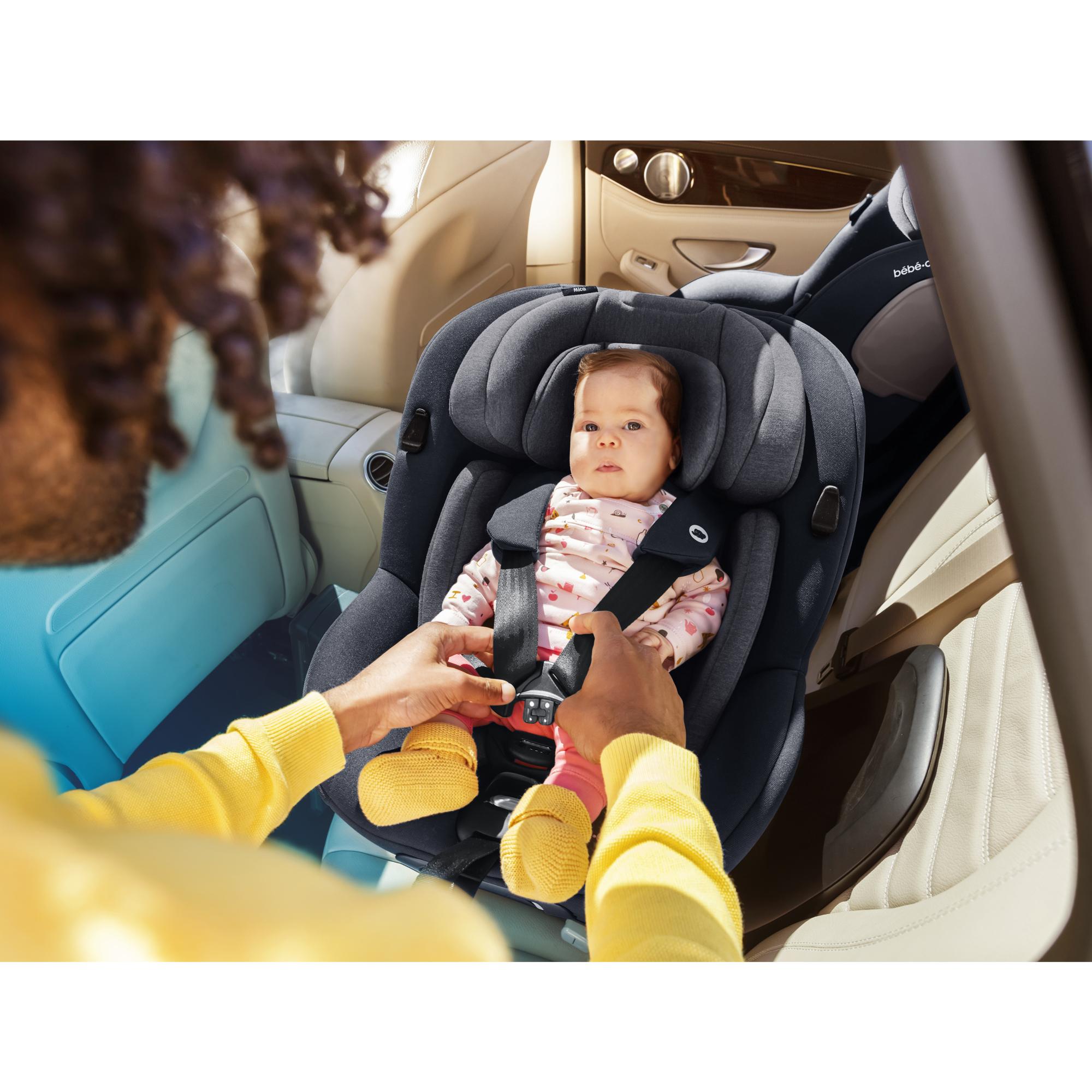 Mica I-size Siège auto Authentic Black  de Bébé Confort