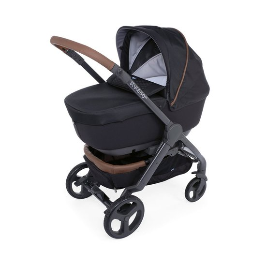 Trio StyleGo Up i-Size Bebecare  Pure Black  de Chicco